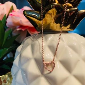Jewelry - Open Heart Rose Gold Necklace